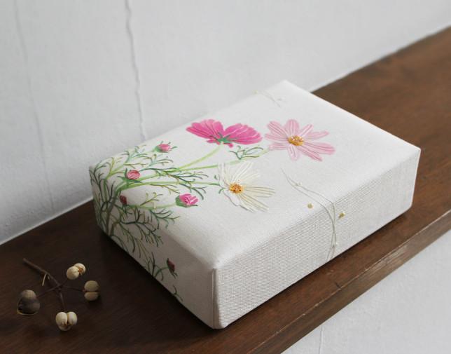 香箱 秋桜