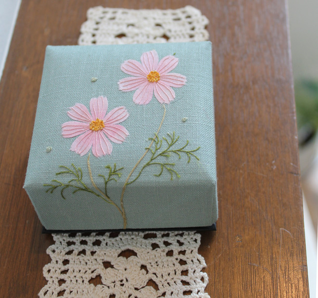 秋桜の香箱